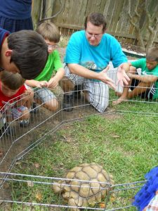 Michael Foux Talks to Kids About Reptiles in Austin
