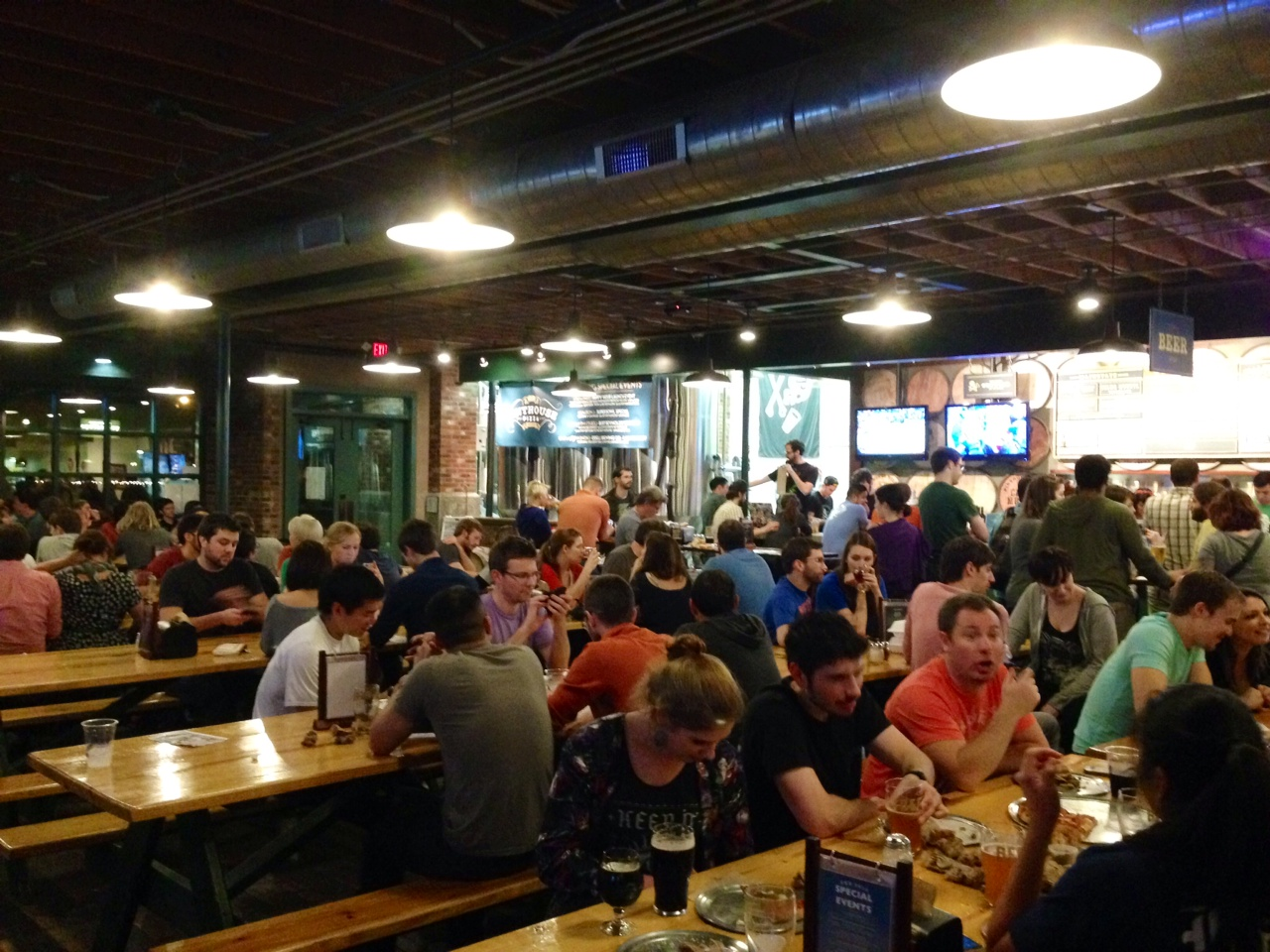 Trivia Night at Pinthouse Pizza