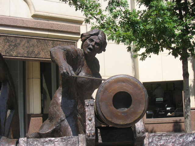 Angelina Eberly Statue in Austin