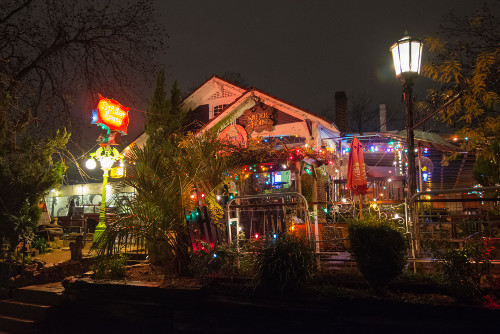 Front of the Spider House Cafe