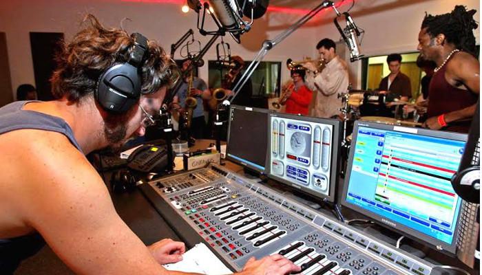 KOOP FM Public Radio in Austin