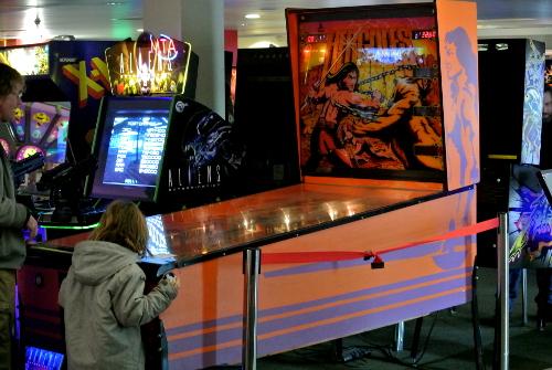 Pinballz Arcade Hercules Game