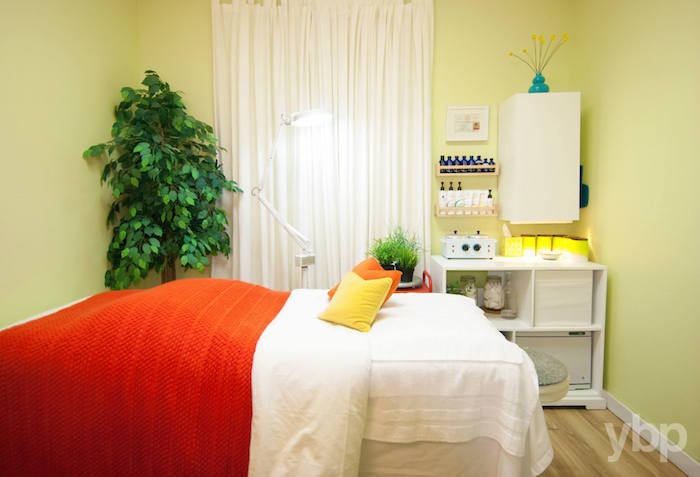 Earth + Sun Skin Therapy Treatment Room
