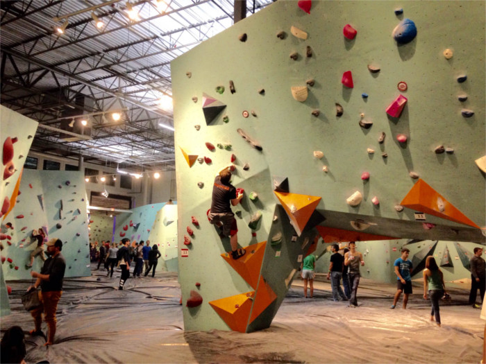 Austin Bouldering Project >> Austin Bouldering Project: Community-Oriented Fitness