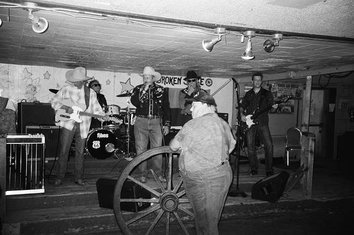 Rolling the Wheel at the Broken Spoke