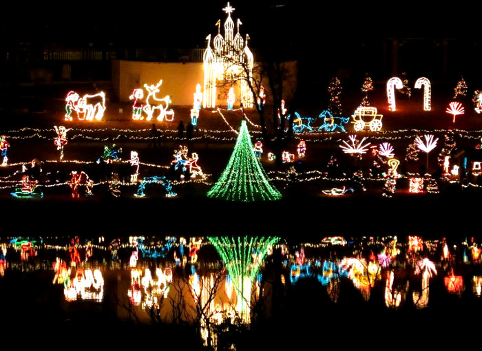 8 Must See Texas Hill Country Holiday Light Trails