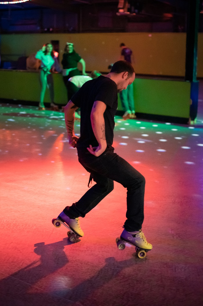 Roller skating dance moves at Austin Roller Rink