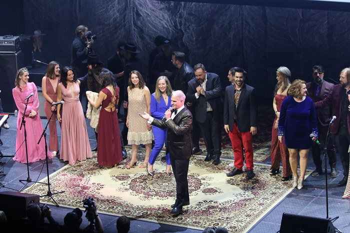 Group Song During 2019 Black Fret Ball