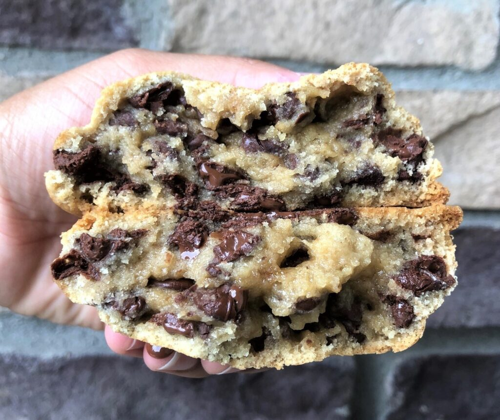 Teddy V. Pâtisserie's chocolate chip cookie