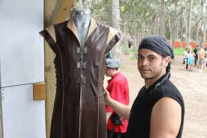 Son_of_Sandlar_Warriors_Tunic_Sherwood_Forest_Faire
