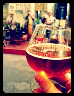 Groovy Sunday at South Austin Brewing Company
