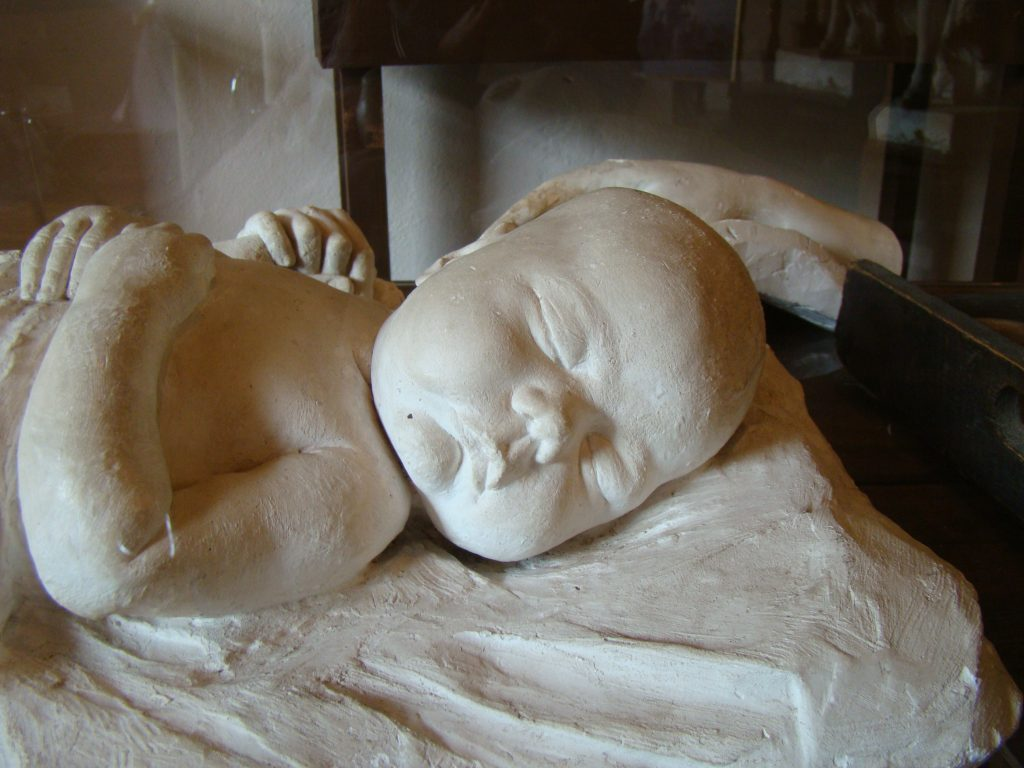 Elizabet Ney Infant Cast