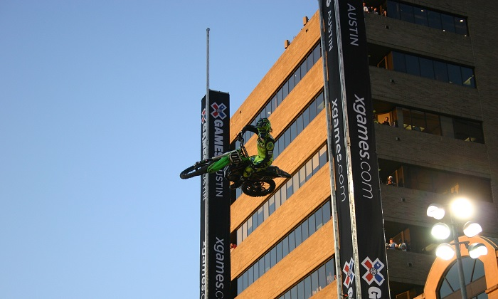 Moto X Step Up Downtown