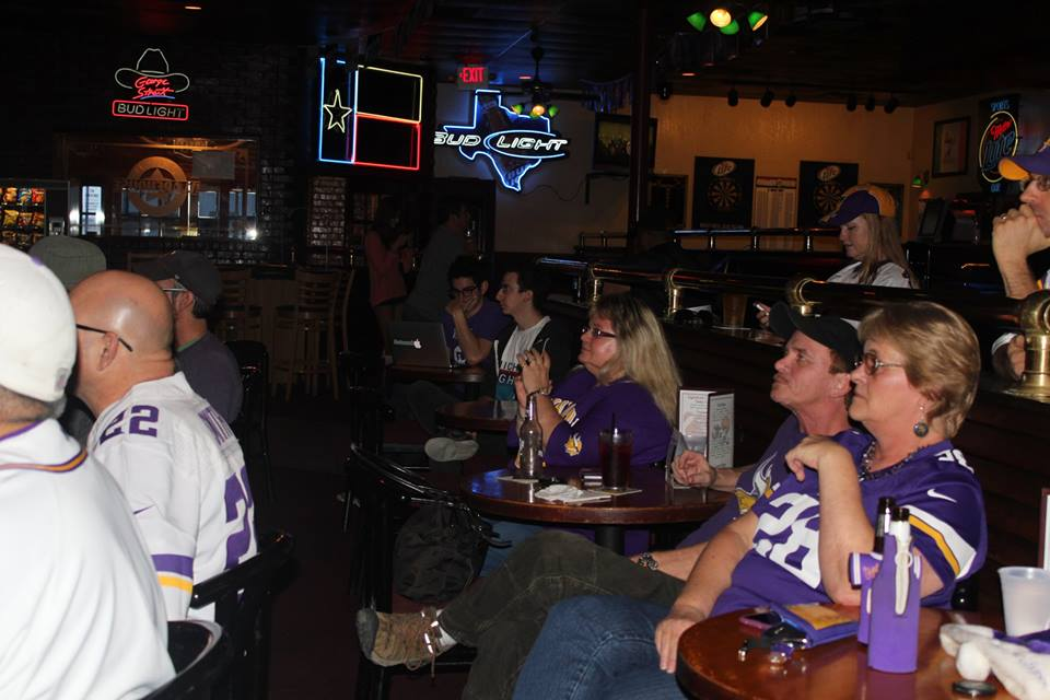 Warehouse Saloon and Billiards for Minnesota Fans in Austin