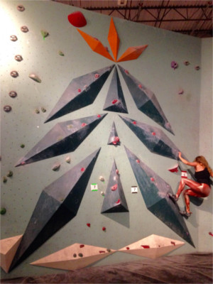 Bouldering Christmas Tree Design