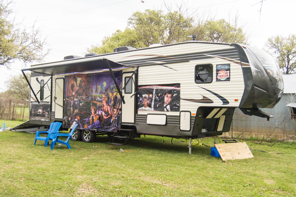 Camp Blue Starlite RV for Rent
