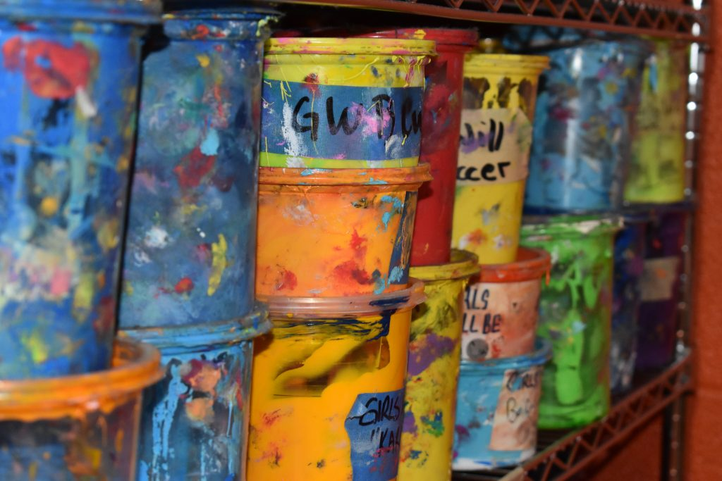 Screen Printing Ink in Containers at Kong Screen Printing