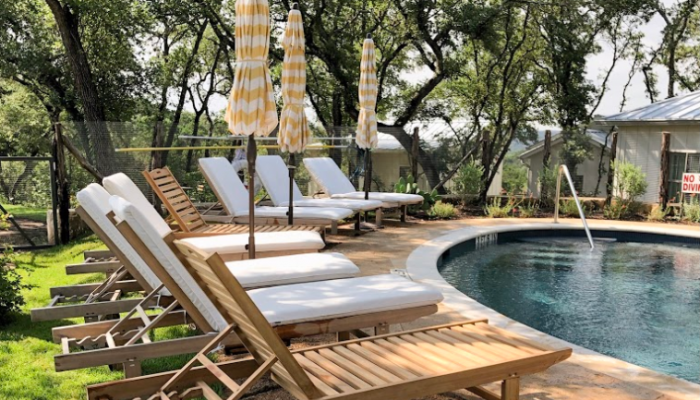 Austin Hotels With Pool Passes for Non-guests