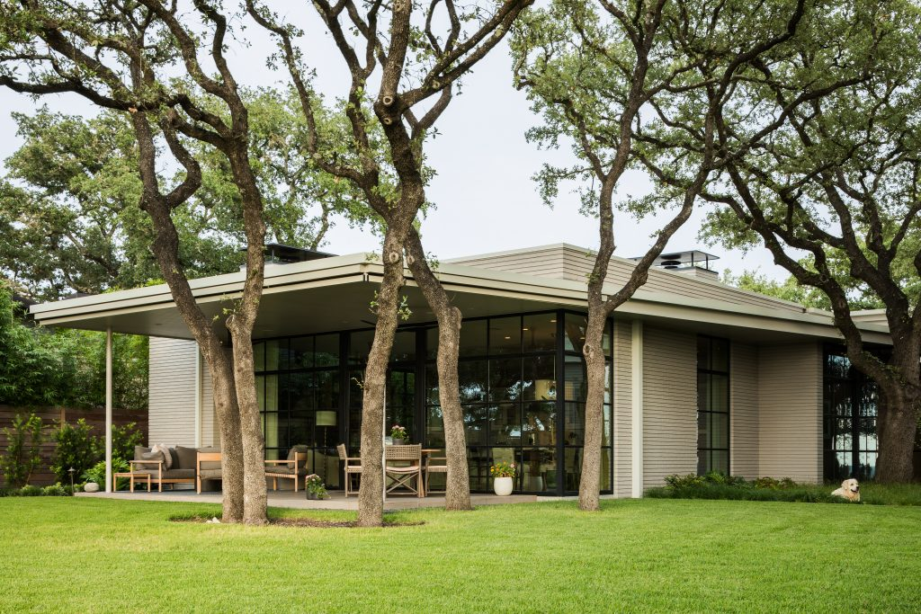 Ridge Oak Residence by Clayton & Little Architects in Austin