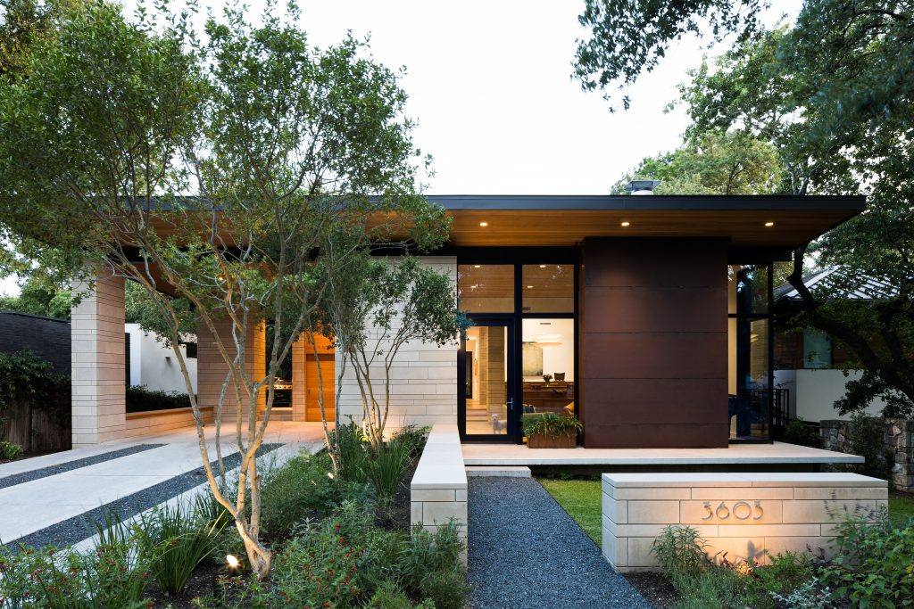Bridle Path Residence by Franke : Franke in Austin